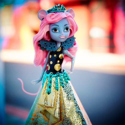 Мауседес Кинг кукла Boo York Gala Ghoulfriends Mouscedes King Doll